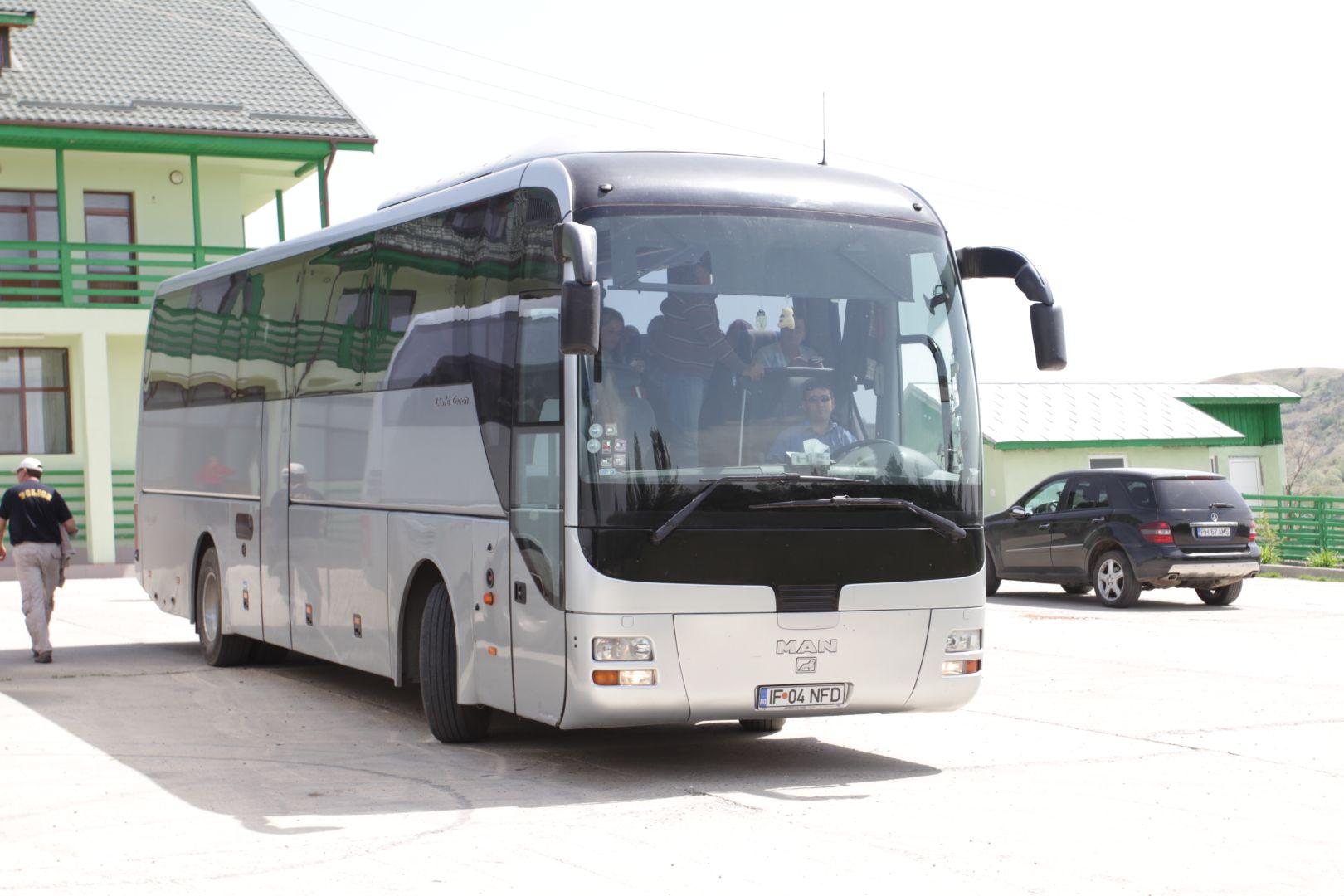 MAN - Inchiriere autocare - Serviciul Transport Voluntari